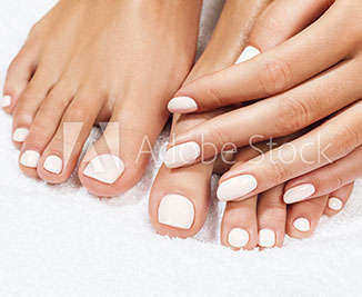 manicure-and-pedicure-at-fashion-island-newport-ca